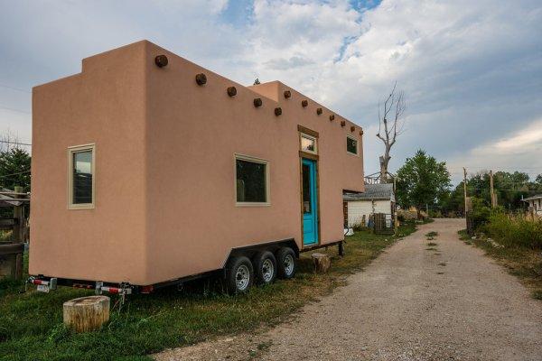 Adobe Tiny House by Mitchcraft 0020