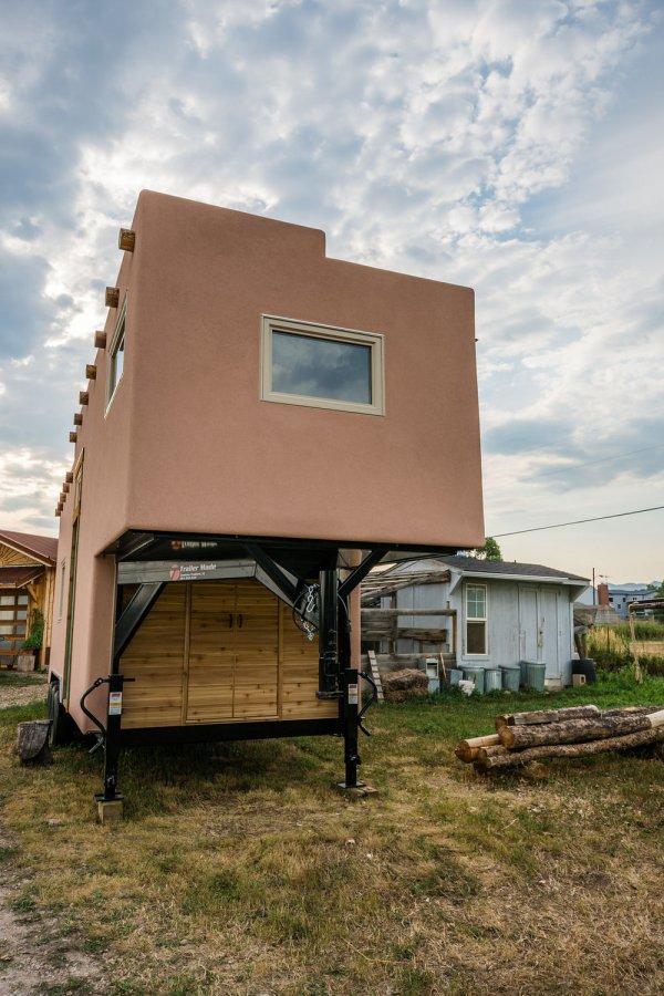 Adobe Tiny House by Mitchcraft 004
