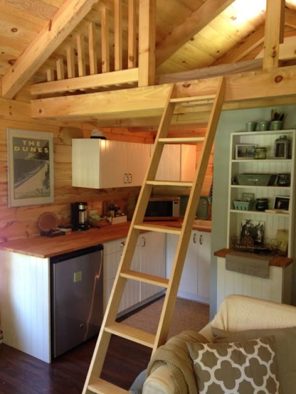 amish-built-tiny-cottage-009