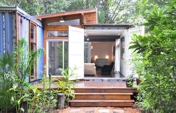 Artist-Shipping-Container-Home-Studio-002