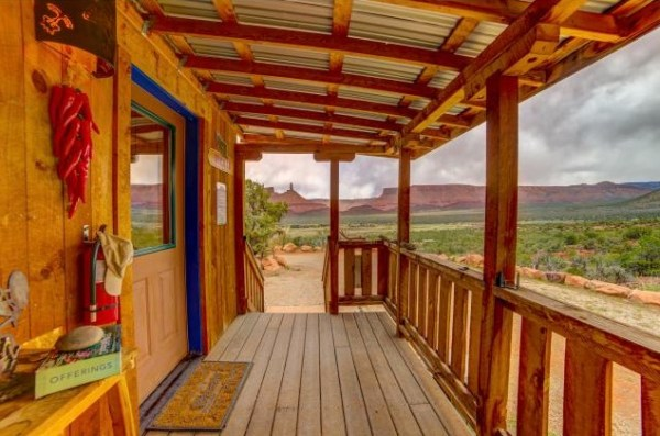 Artsy Tiny Cabin with Amazing Views in Utah For Sale 0018