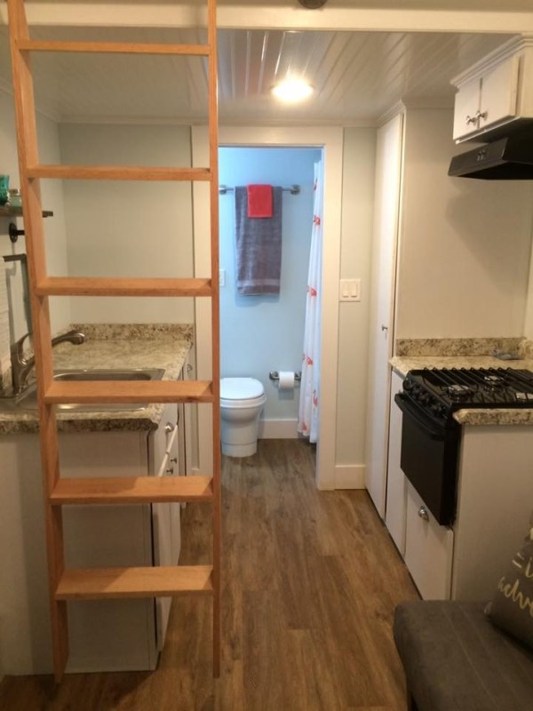 beach-cottage-tiny-house-for-sale-jacksonville-florida-11