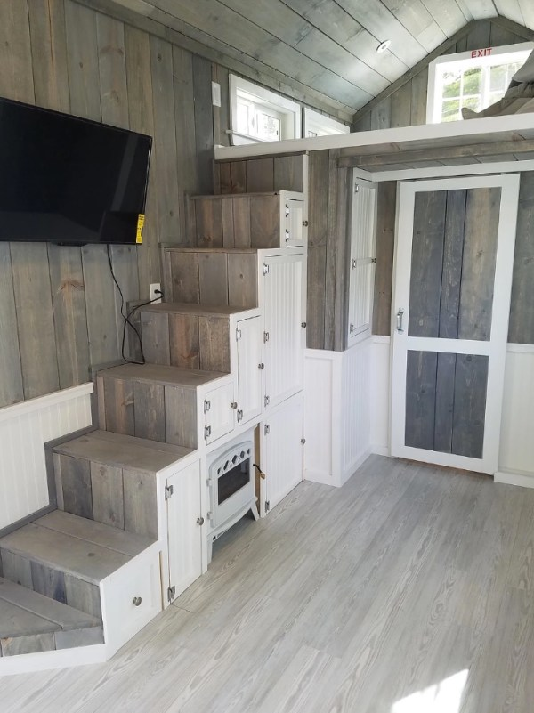Beautiful Tiny Home by KJE Tiny Homes 005