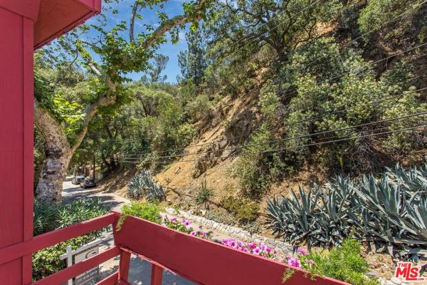 Big Red 691 Sq. Ft. Small Home in Burbank, CA