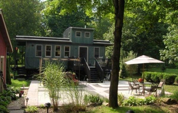 Bob's Caboose Tiny House 001