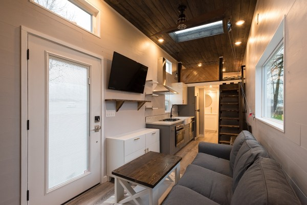 Cayman Tiny House by Tiny Innovations 002