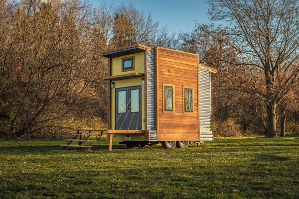 Centipede Tiny House Auction For Occupy Madison