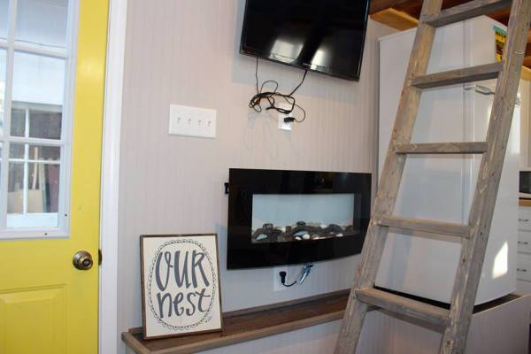 Chic Shack Yellow THOW by Mini Mansions Tiny Home Builders 004