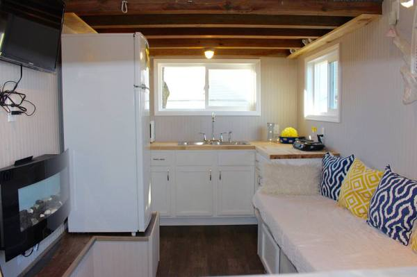 Chic Shack Yellow THOW by Mini Mansions Tiny Home Builders 008