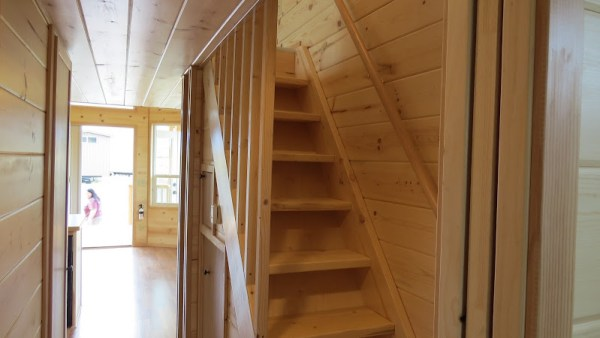 classic-double-loft-from-richs-portable-cabins-20