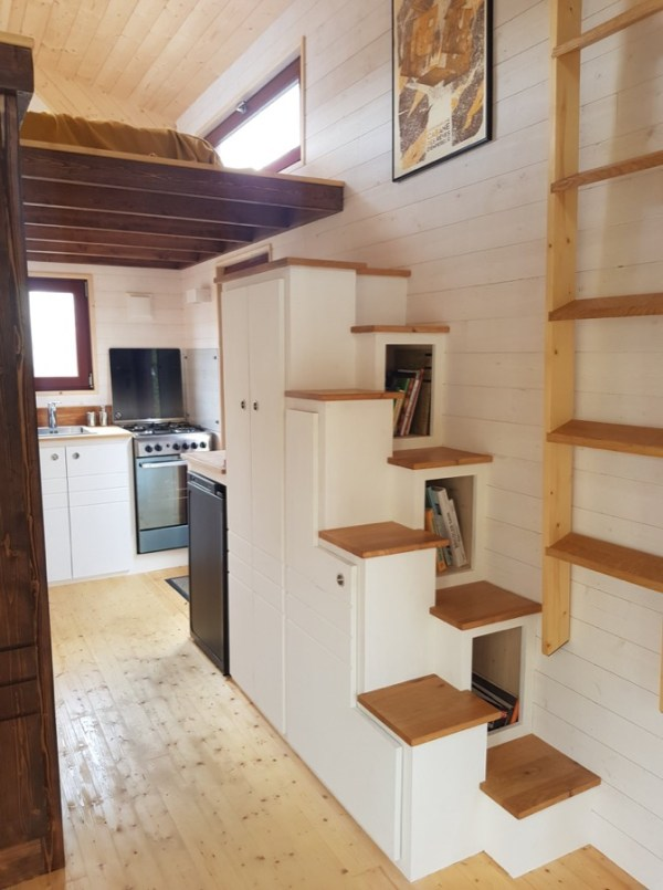 Completed Baluchon Tiny House 001