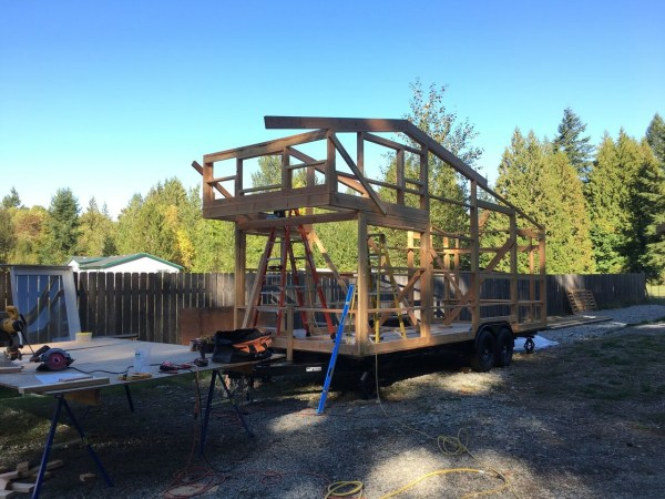 construction-of-the-daniel-miller-tiny-house-004