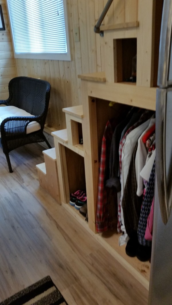 construction-of-the-daniel-miller-tiny-house-31