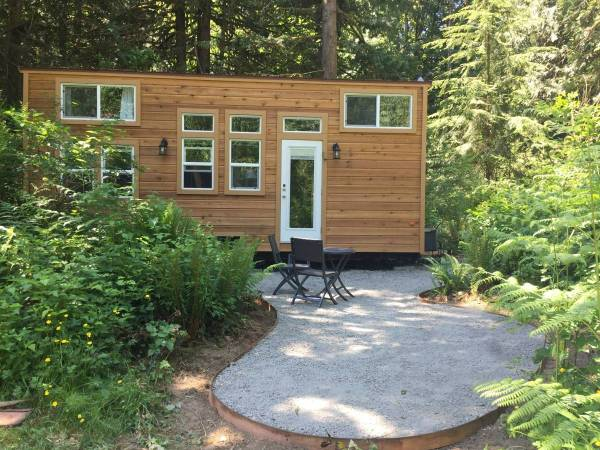 335 Sq. Ft. Tiny House Wheels In Seattle Wa