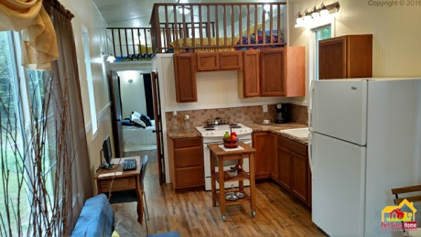 country-pint-sized-tiny-home-006