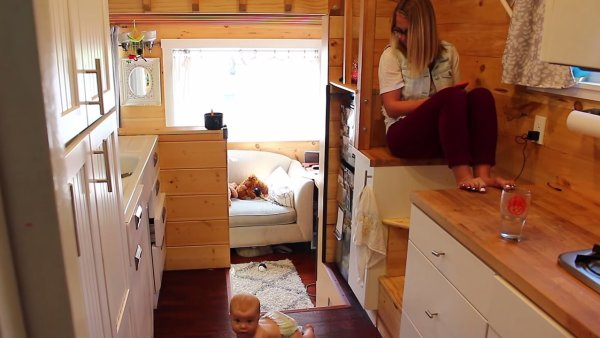 Couple Living Tiny with a Baby 004
