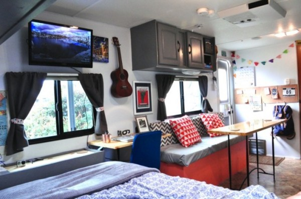 Couple Renovate Travel Trailer into Nomadic DIY Tiny Home 009