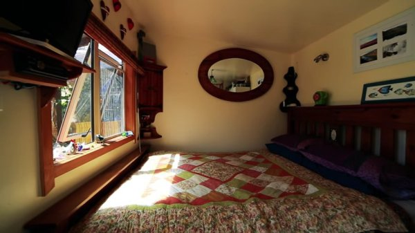 Couple go from Nomadic Converted Bus Living to Micro Homestead Life in New Zealand 006