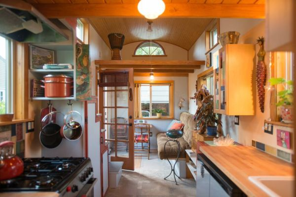 Couple's $25k DIY Smouse Tiny House on Wheels 003