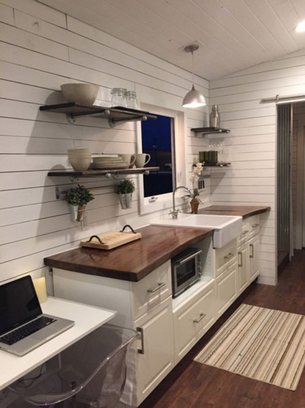 Couples Custom 5th Wheel Tiny Home on Wheels