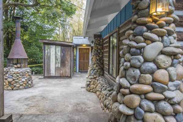 creek-side-cabin-in-santa-cruz-016