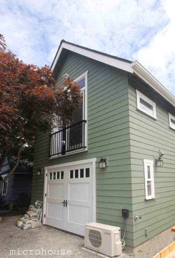Crown Hill Backyard Cottage Built Atop 1Car Garage