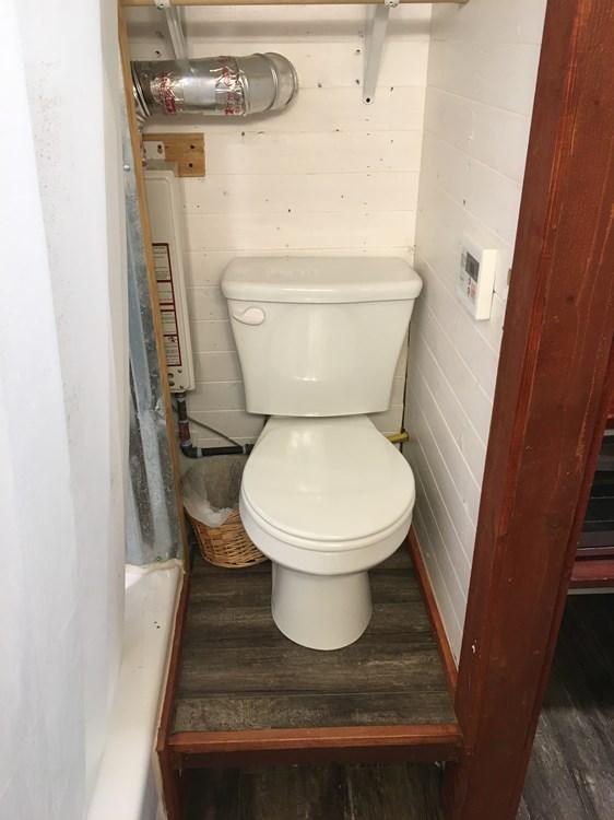 Custom 24ft Tiny Home with Oversized Loft 007c