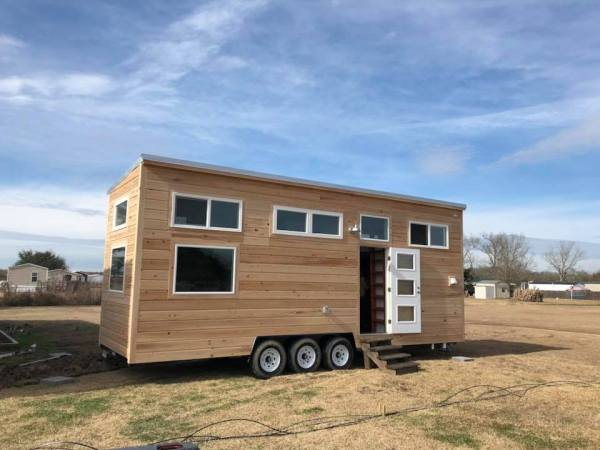 Custom Tiny House by Wasted Time LLC 001