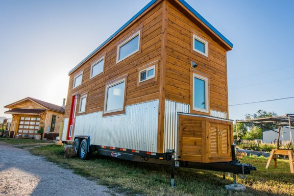 Dennis 24 MitchCraft Tiny House 0032
