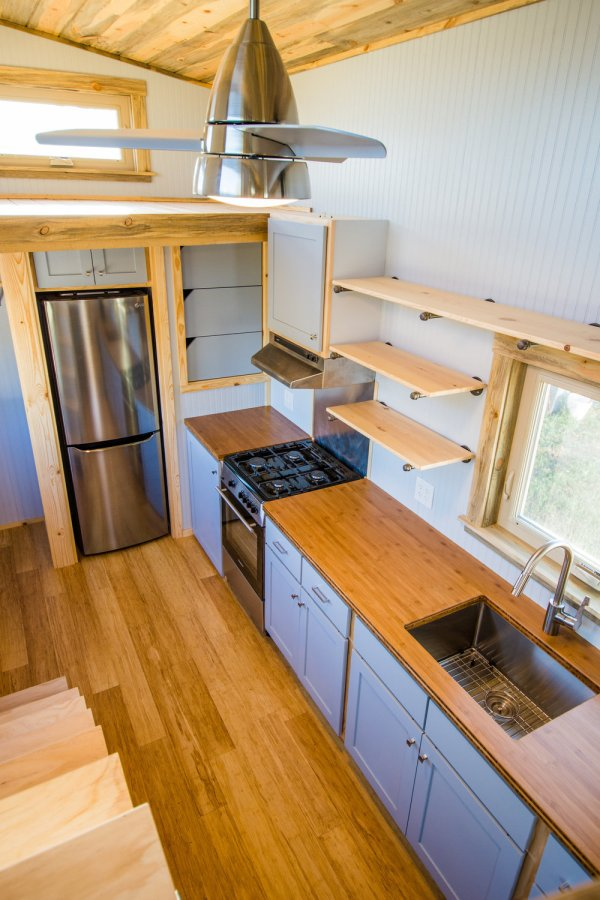Dennis 24 MitchCraft Tiny House 008