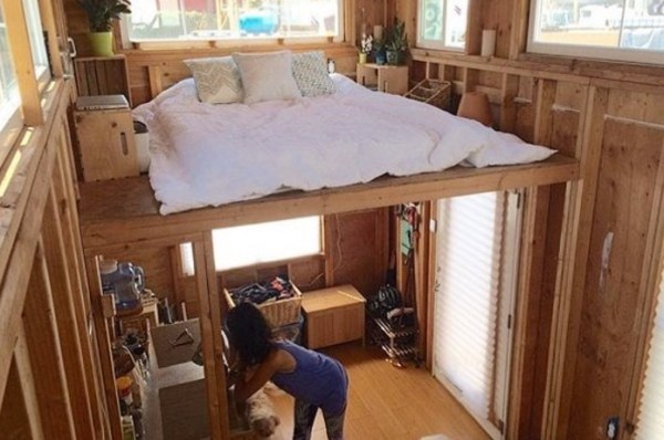 Man building a cheap diy 200 sq ft tiny home on wheels eliana chineas cheap diy tiny house in berkeley 002 solutioingenieria Choice Image