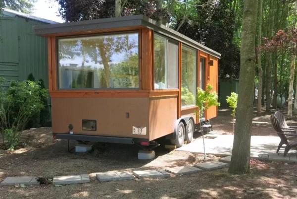Escape Vista Tiny House Vacation in Oregon 007