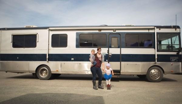 Familys Bus Tiny Home 001