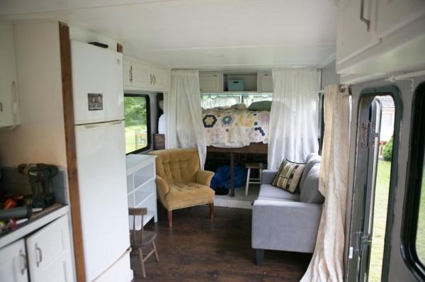 Familys Bus Tiny Home 007
