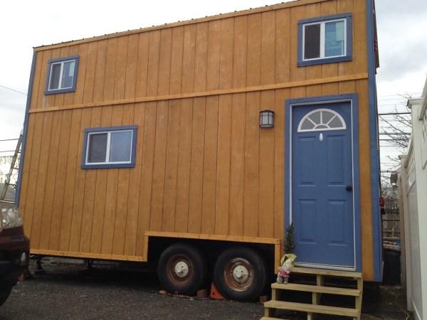 Familys DIY 8k Tiny House on Wheels 001
