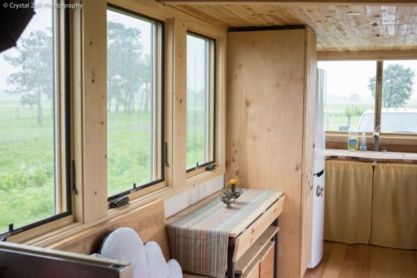 Family's Life in their Beautiful Tiny Home 0016