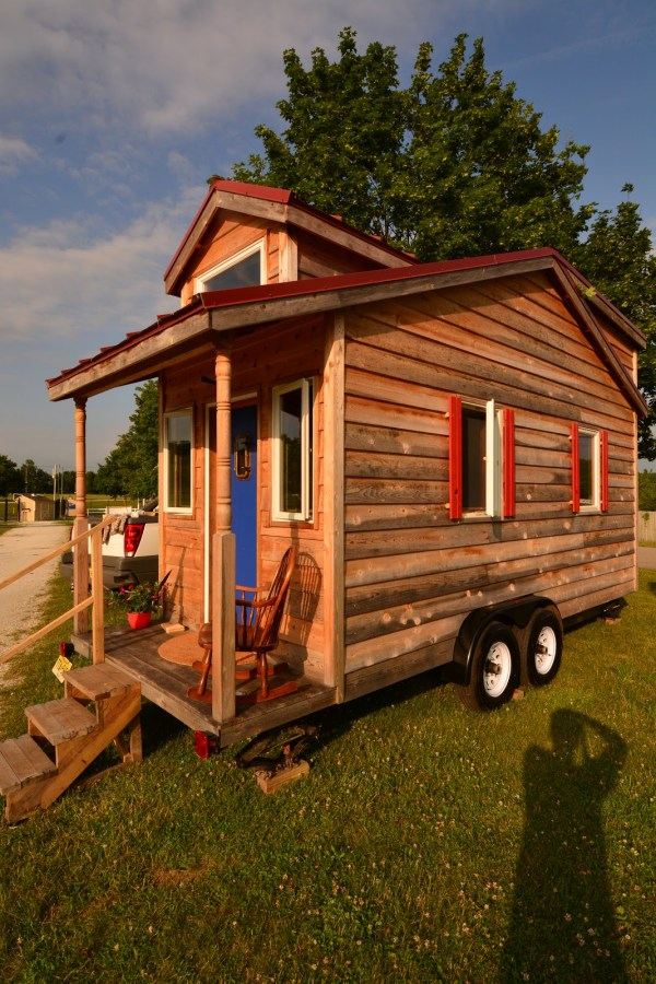 Former Corporate Guy Builds 145 Sq. Ft. THOW