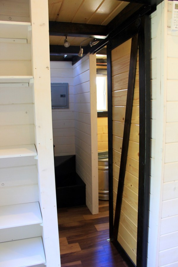 fort-austin-tiny-house-0018