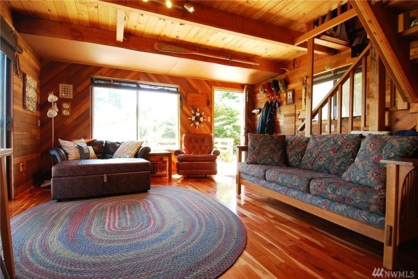 Grapeview Cabin 002