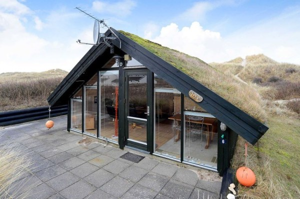 Grass Roof Cottage-004