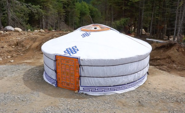 groovy-yurts-mongolian-yurt-outside-exploring-alternatives