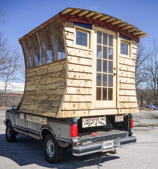 gypsy-tug-micro-cabin-002