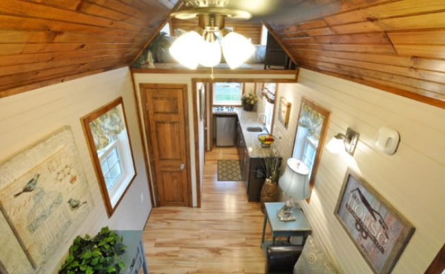 Harry Connick Jr Stays In The Pioneer Tiny House