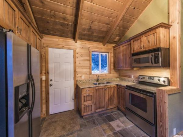 Heber City Tiny Log Cabin 007