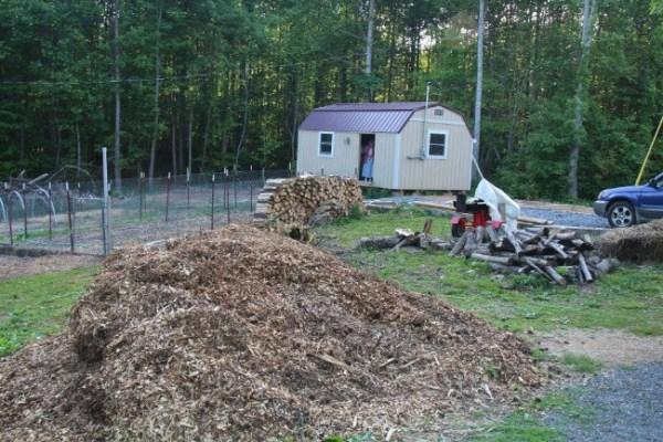 Homeless 83-year-old Widow Gets Barn Tiny Home 01