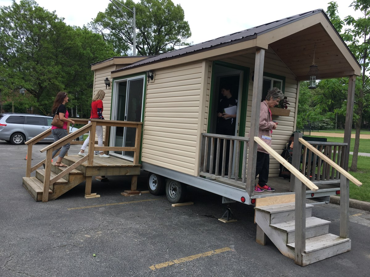 student built 144 sq  ft  tiny house on wheels in chicago