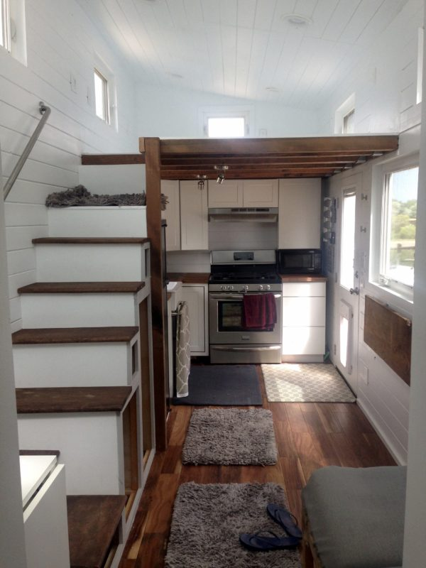 24 Tiny House Two Lofts Rooftop Deck 4 tiled shower