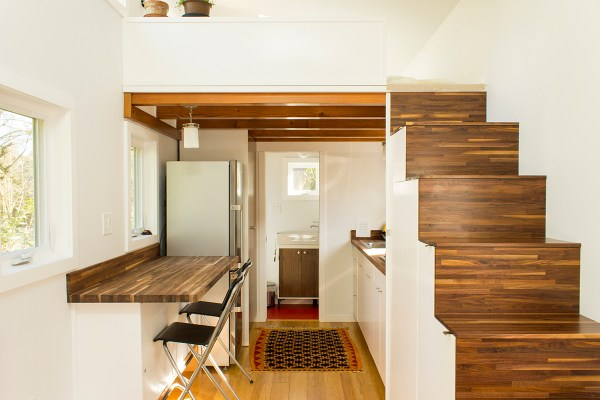 Hikari Box Tiny House on wheels interior