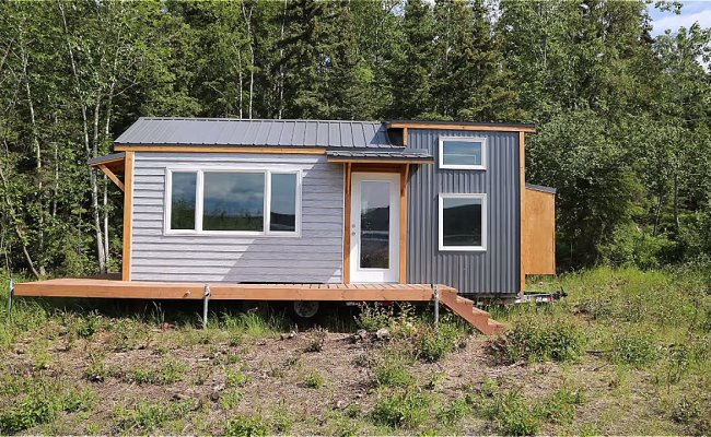 Jacob And Ana Unveil Their Tiny House On Wheels And Give