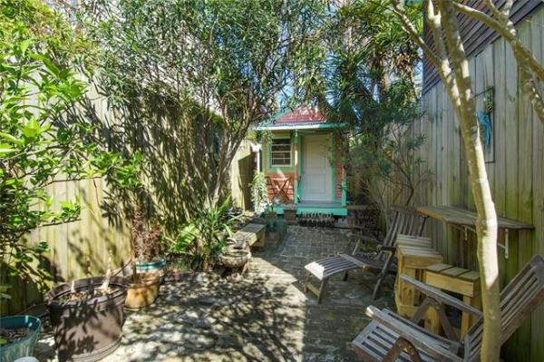 Jewel Box Cottage in NOLA For Sale 0011